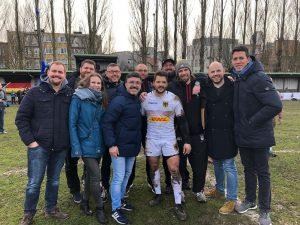 Nach einem Freundschaftsspiel gegen die Straffen Ketten in Brüssel, haben die RSV Cologne Crushers natürlich noch die Nationalmannschaft unterstützt.